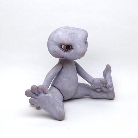 Flog bisque doll
