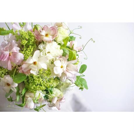 季節のお花のブーケMidi
