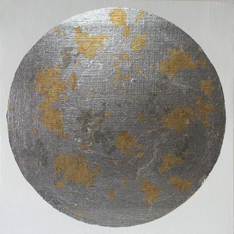銀の月に金