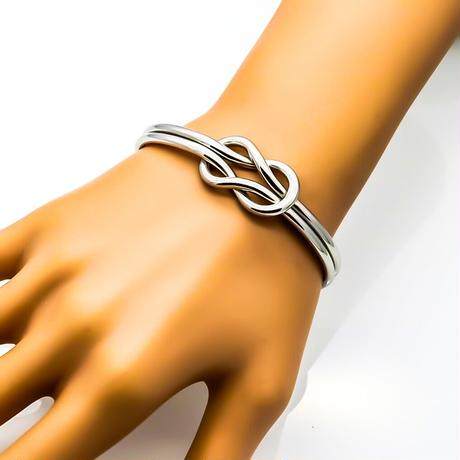Double knot bangle silver stainless steel №56
