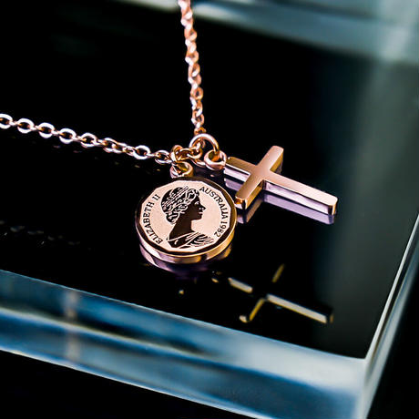 Elizabeth coin & cross necklace pink gold №52