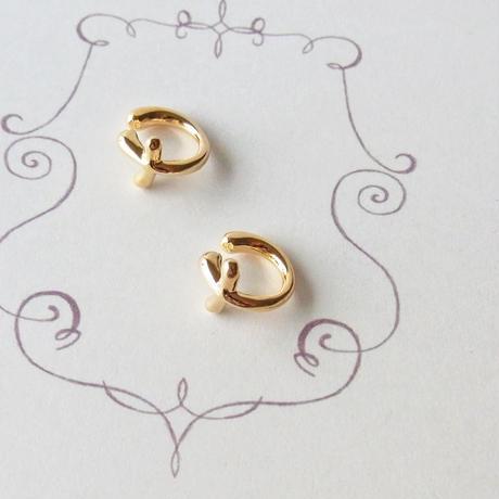 [Gold]クロスモチーフのイヤリング
