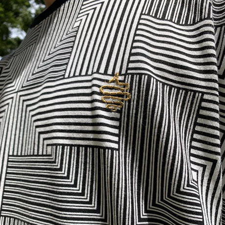 Deceive Dolman Sleeve Big T(White)