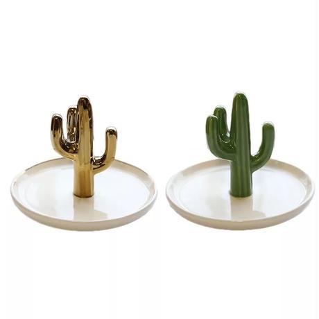 Cactus jewelrystand