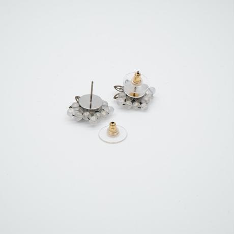 アンティークゴールドフラワーピアス/イヤリング クリア