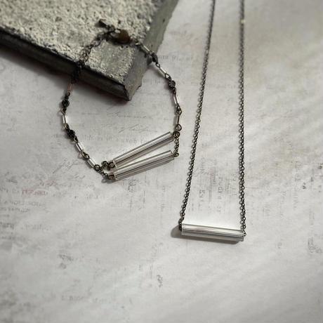 ヴェネチア製クリアビーズのネックレス