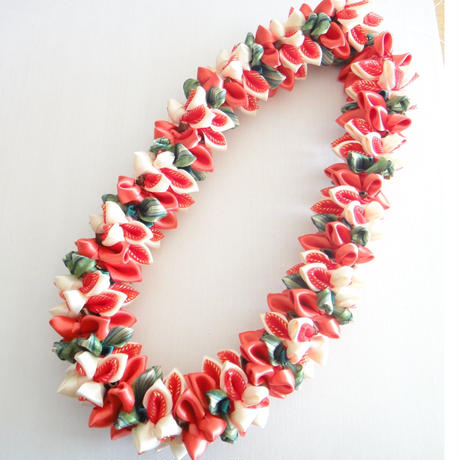 Coral Orchid  Lei