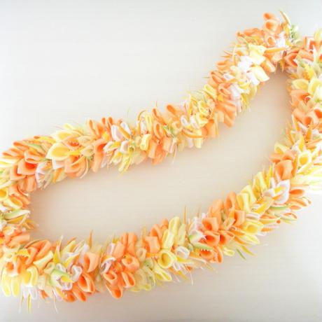Peach Lei