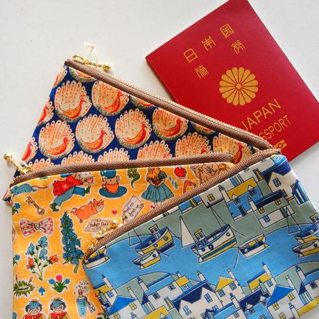 リバティ パスポートポーチ ・ファーガス・ピンク