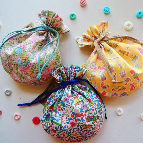 キャンディ巾着・リバティ・ バーズオブパラダイス