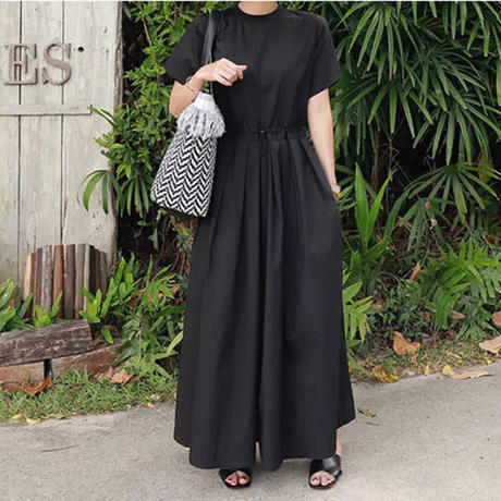 Pleated waistワイドサロペット《BLACK/BEIGE》
