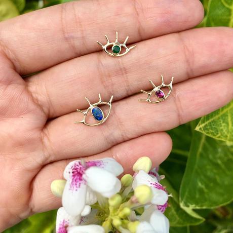 Open your eye pierce / Opal