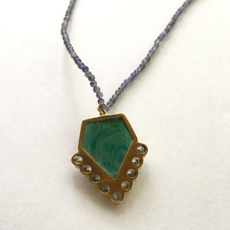 One of a kind / Volcom star necklace