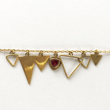 Triangle Bracelate / Garnet