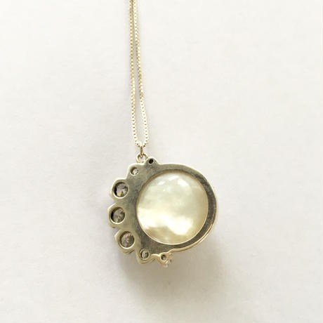 Pearl moon Necklace