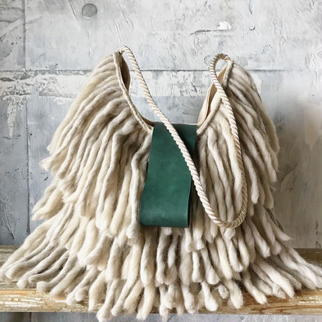yarn fringe  bag (ecru)