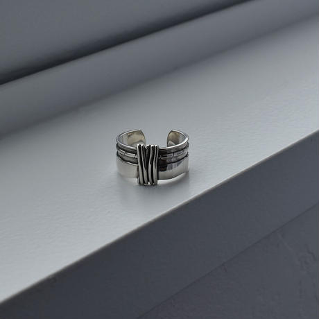 ring-a02075   SV925   Center  Double Line Ring