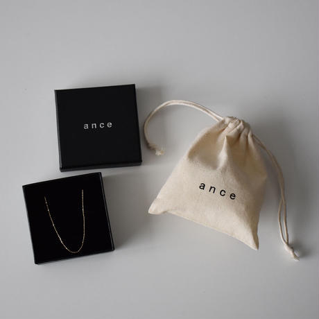 Goods-a02002  Gift Wrapping