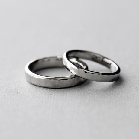[Artisan Works] プラチナ / 鍛造マリッジリング・結婚指輪 / 2本セット