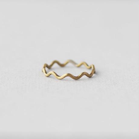 真鍮 なみなみリング(ラウンド)[10min Ring]  Brass / 細身の指輪 / 990円