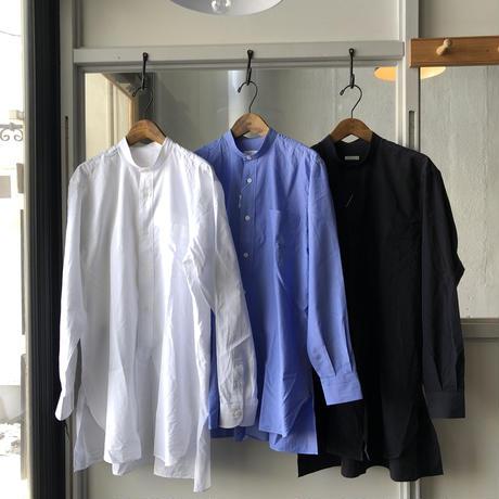 COMOLI バンドカラーシャツ