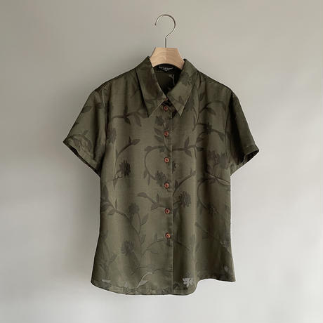 Green  sheer pattern shirt