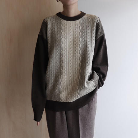 Cable switching knit
