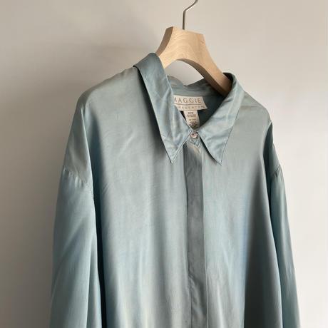 Glossy blue shirt