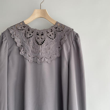 Round lace blouse