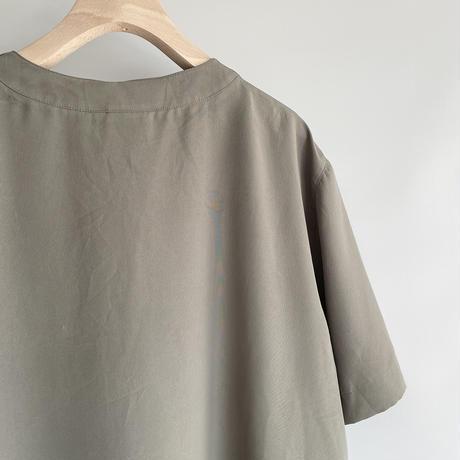 Khaki pleats tops