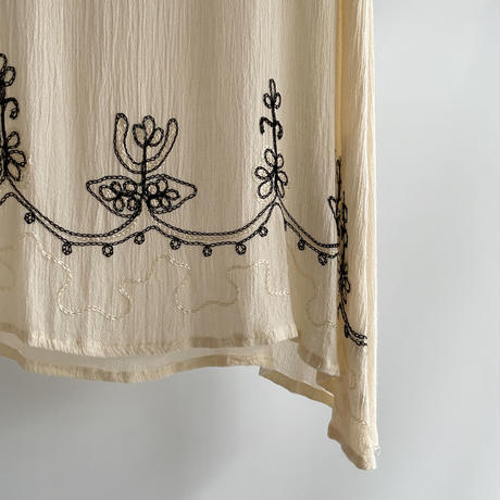 embroidery no sleeve
