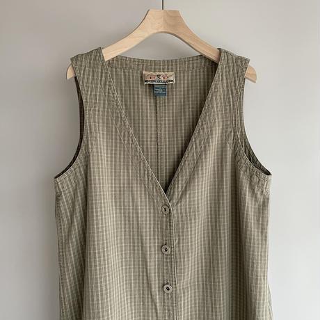 Long check vest