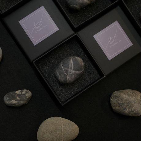 Felt Stone/柔らかな石