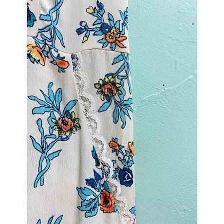 Flower print frill one-piece