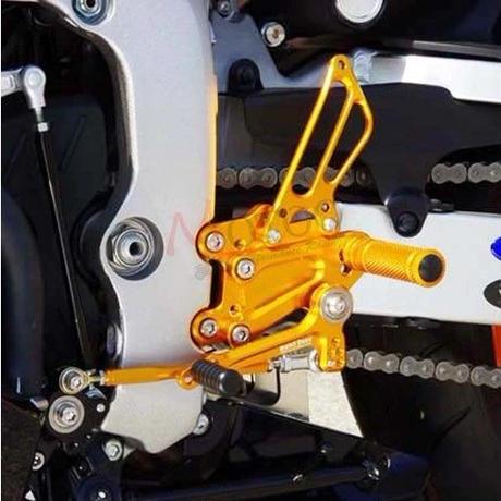 ドゥカティ  STREETFIGHTER バックステップ  アルミ削り出し フットペグ 1098/S 1198/S  2011-2014