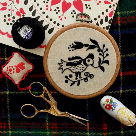 【ハンガリー刺繍キット】カロチャの鳥