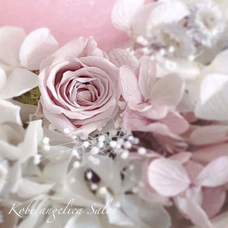 バラが届ける 優しいひと時~un moment doux Blue~プリザーブドフラワー アンティークブルー、ホワイトバラと紫陽花の癒しのキャンドルアレンジメント/母の日・ウエディング  ・誕生日に