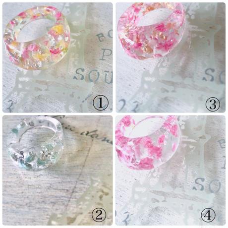 女性らしい透明なビジュー・固まるハーバリウムリング。ボタニカルを閉じ込めて,  /クリアービジュー ガラスのように透明で、軽いレジン指輪 ・アルコール消毒対応