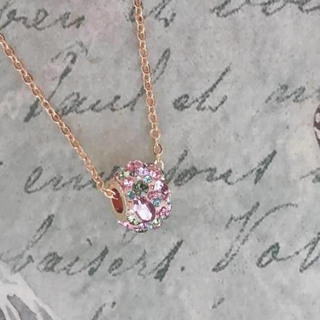 華やかななロンデルネックレス、宝石箱のようなコフレシリーズ/スワロフスキーペンダント・誕生日