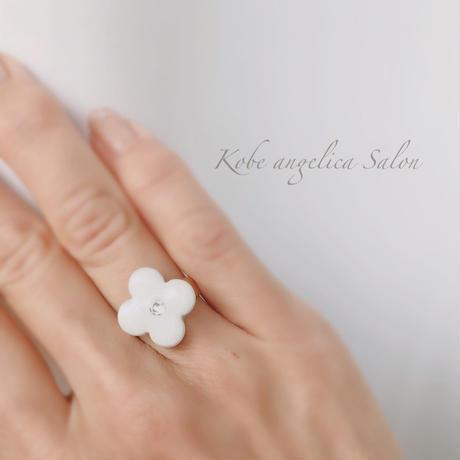 LINEご登録者様、期間限定特別価格 可愛いお花リング〜 Fleurs mignonnes〜ハッピーな気持ちになる指輪 スワロフスキー