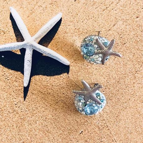 ハワイが好き〜海が好き♪ヒトデ。パールとスワロフスキークリスタルの夏のピアス・イヤリング/キラキラの浜辺のイヤーアクセサリー 誕生日