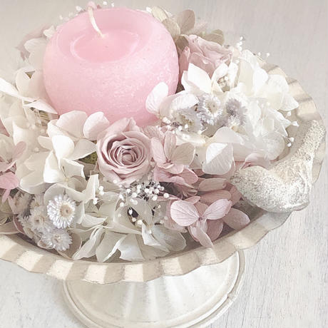 バラが届ける 優しいひと時~un moment doux~プリザーブドフラワー ベージュピンクバラとシャビーシックな紫陽花の癒しのフラワーアレンジメント/ウエディング  /誕生日に