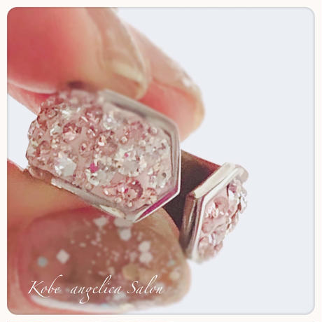 シルクピンクのフォークリング/2way・シャープな印象に甘い大人の女性のための指輪/  ニッケルフリー・高級ステンレスリング