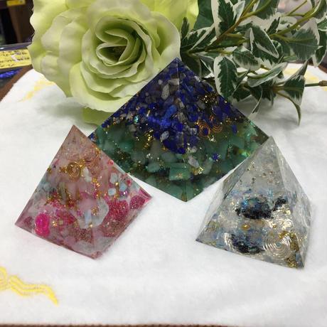オルゴナイト ピラミット型 オパール
