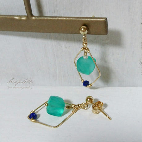 14kgf*Green Onyx Cube Cut & Diamond Shape Earrings*