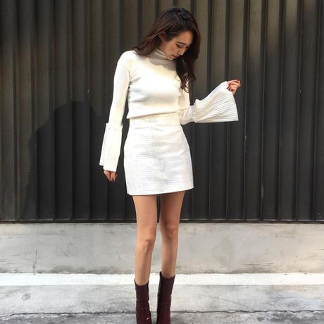 Flaresleeve Knit Ivory