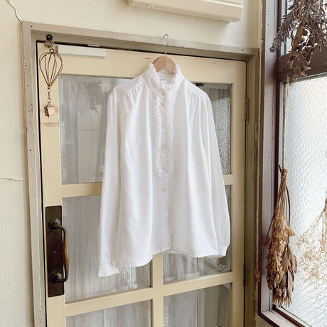 used frill white blouse