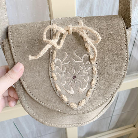 used  leather pochette