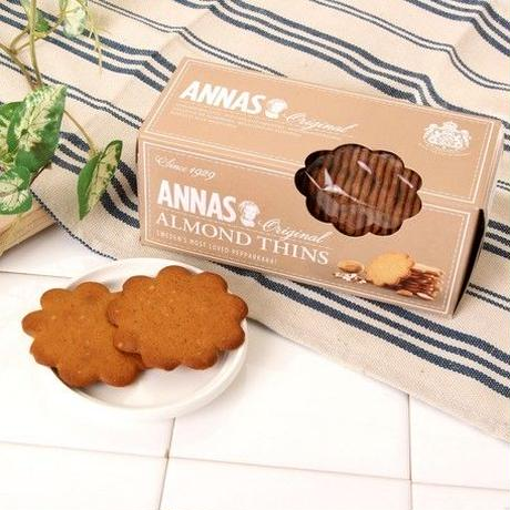 ANNA's almond biscuit