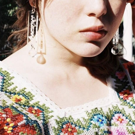 freckles earrings (brown)
